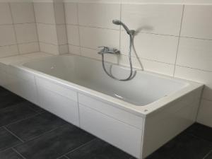 Steier GmbH Badezimmer
